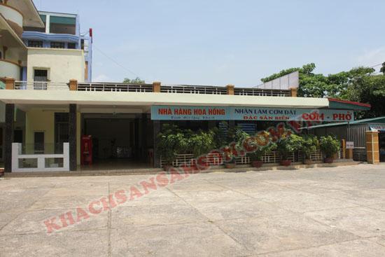 Nhà Hàng Hoa Hồng Trung tâm Bãi Tắm B Sầm Sơn